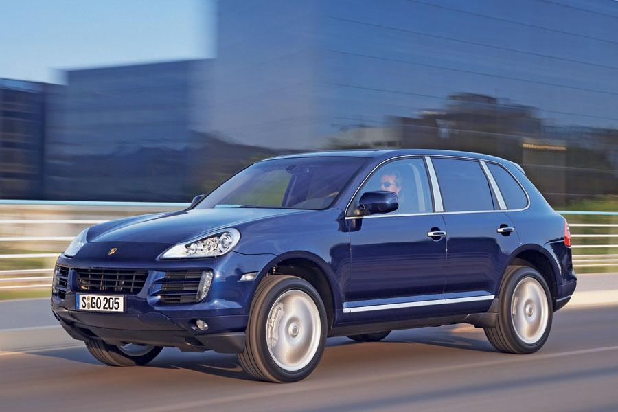 2009 porsche cayenne reviews specs and prices. Black Bedroom Furniture Sets. Home Design Ideas