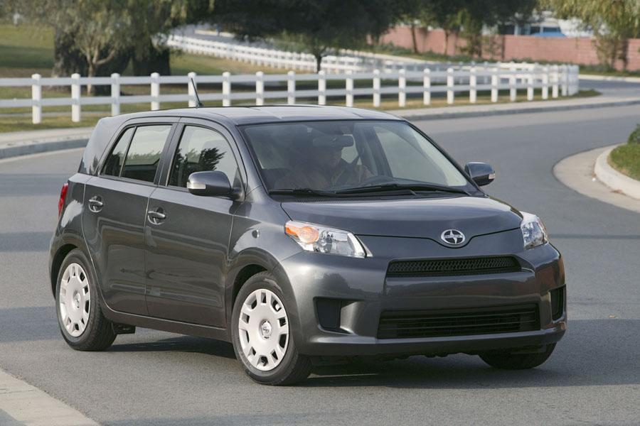 2009 Scion Xd Reviews Specs And Prices Cars Com