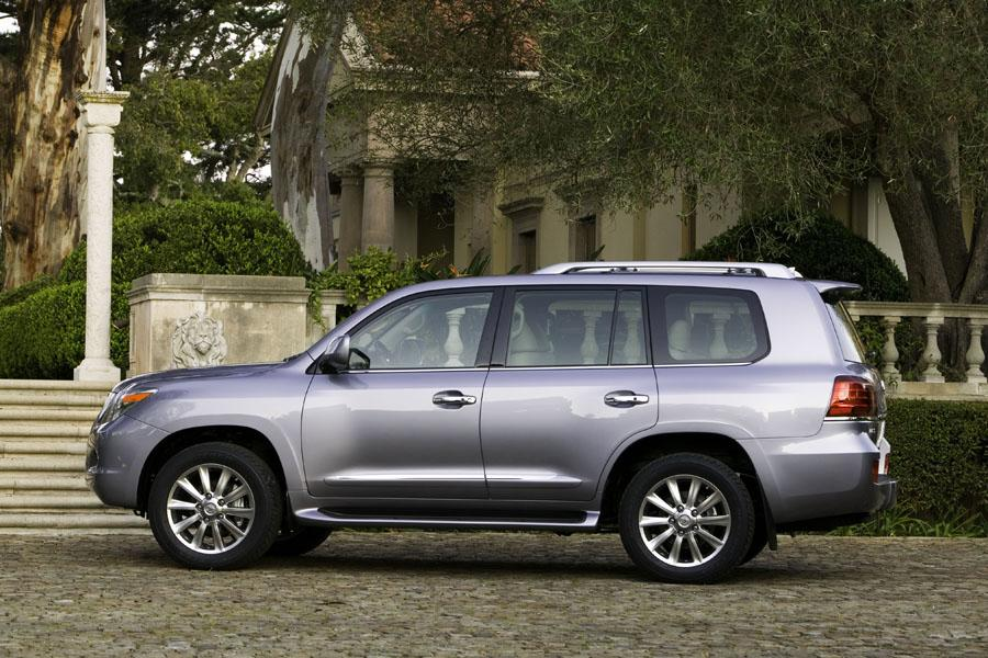 2009 lexus lx 570 reviews specs and prices. Black Bedroom Furniture Sets. Home Design Ideas