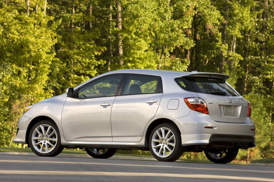 2010 toyota matrix reviews specs and prices. Black Bedroom Furniture Sets. Home Design Ideas