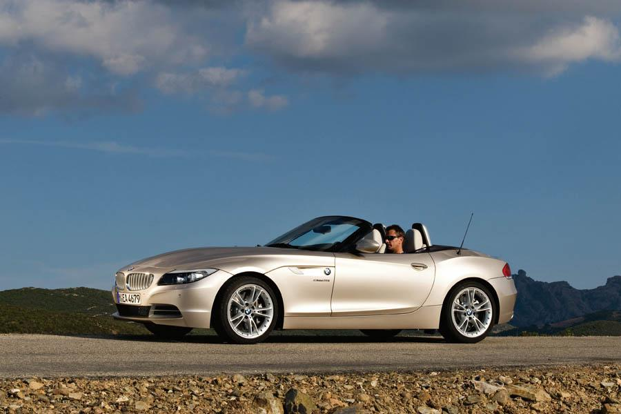 2009 bmw z4 reviews specs and prices. Black Bedroom Furniture Sets. Home Design Ideas