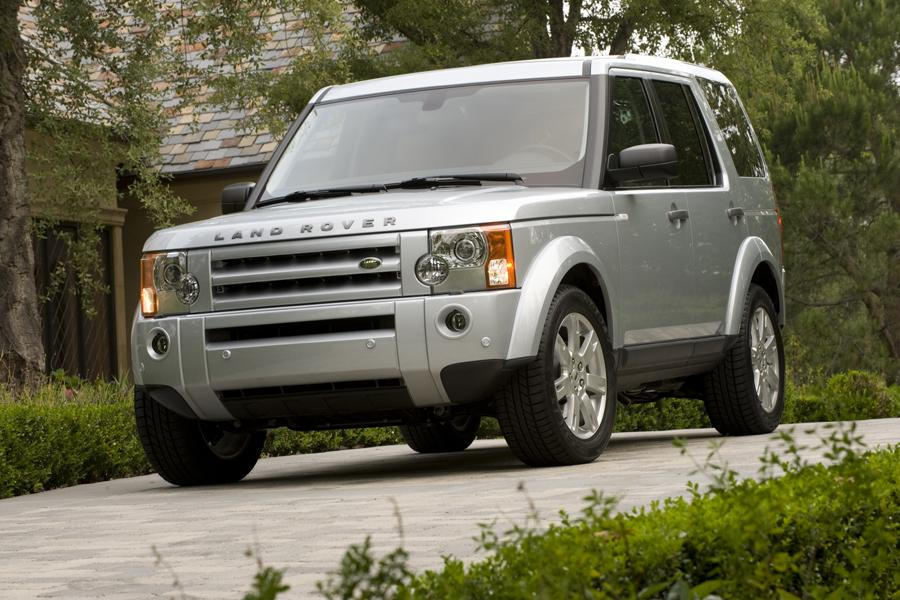 2009 land rover lr3 reviews specs and prices. Black Bedroom Furniture Sets. Home Design Ideas