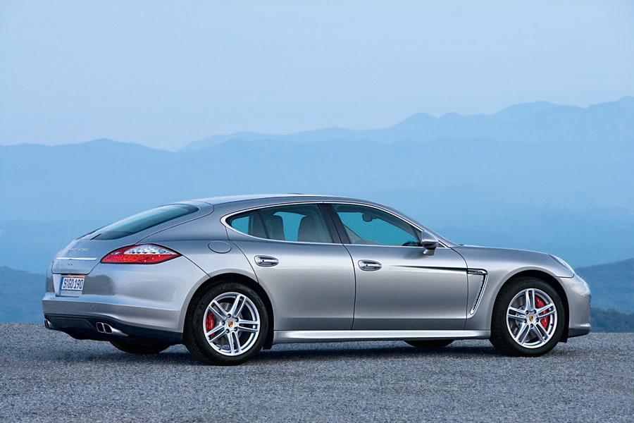2010 Porsche Panamera Reviews Specs And Prices Cars Com