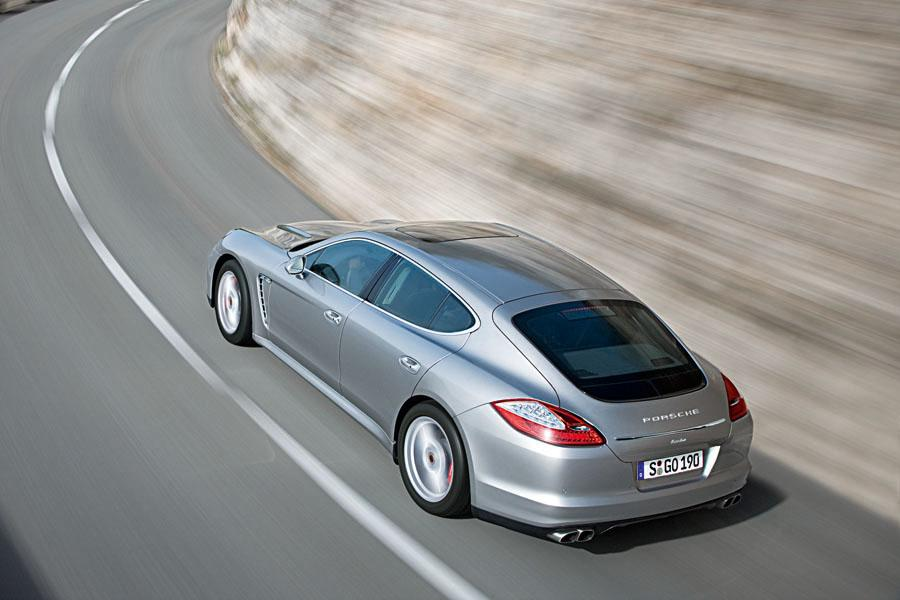 2010 porsche panamera reviews specs and prices. Black Bedroom Furniture Sets. Home Design Ideas
