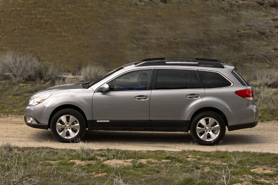2010 subaru outback reviews specs and prices. Black Bedroom Furniture Sets. Home Design Ideas
