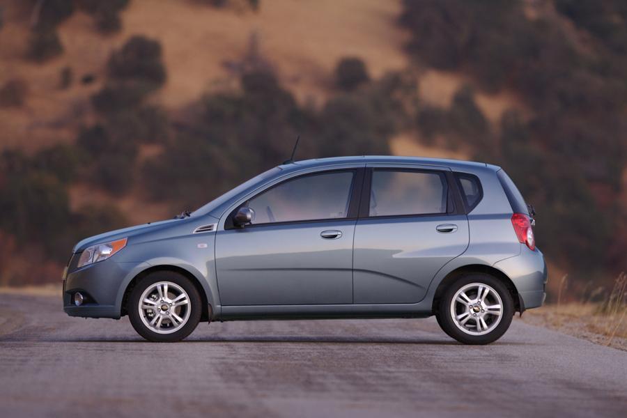 2010 Chevrolet Aveo Reviews Specs And Prices Cars Com