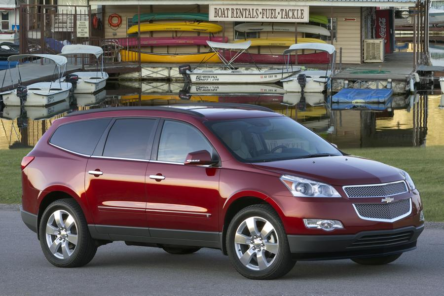 2014 Highlander For Sale >> 2010 Chevrolet Traverse Reviews, Specs and Prices | Cars.com