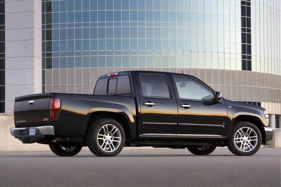 2010 gmc canyon reviews specs and prices. Black Bedroom Furniture Sets. Home Design Ideas