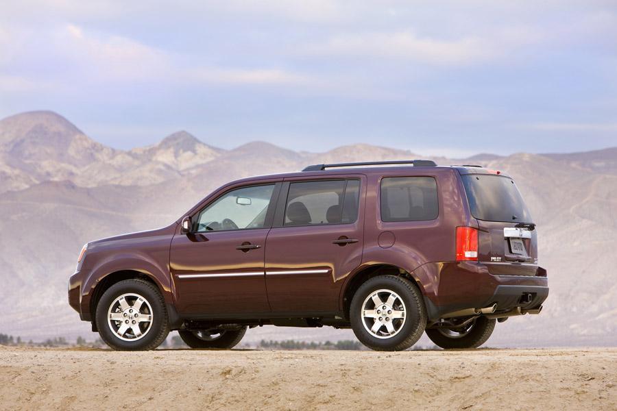 2010 Honda Pilot Reviews, Specs and Prices | Cars.com