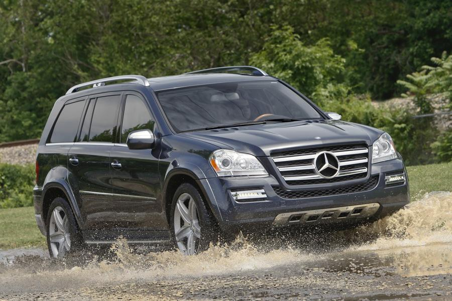 2010 mercedes benz gl class reviews specs and prices. Black Bedroom Furniture Sets. Home Design Ideas