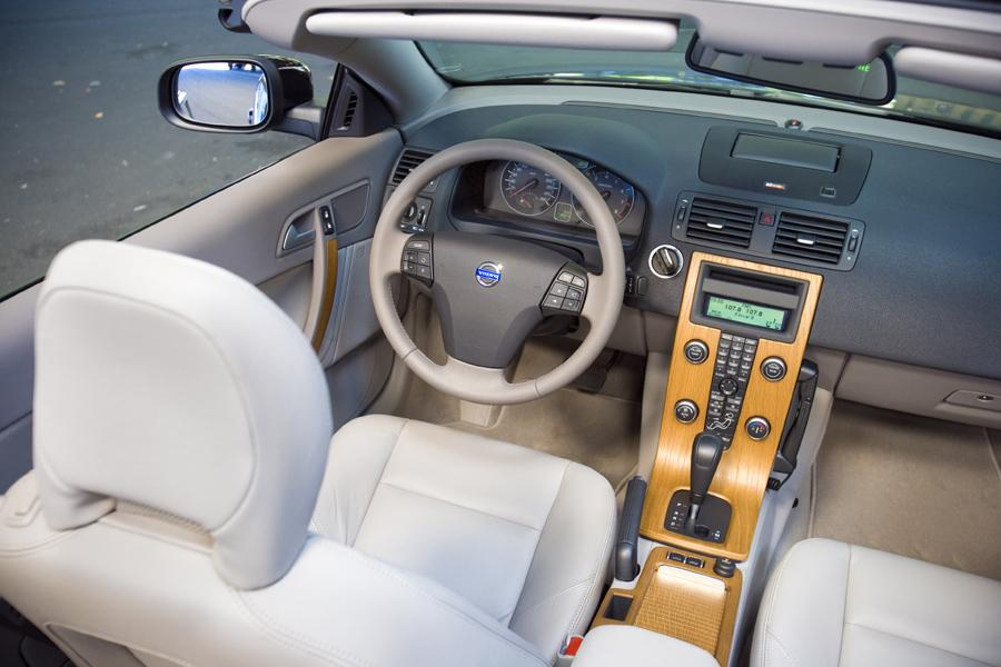 2010 Volvo C70 Reviews, Specs and Prices | Cars.com