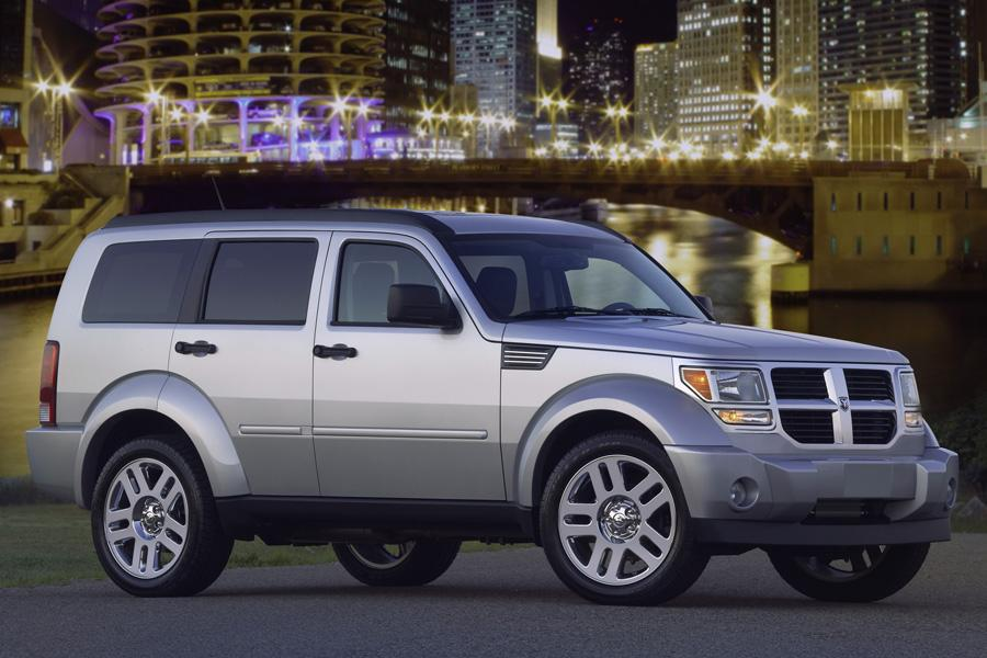 2010 dodge nitro reviews specs and prices. Black Bedroom Furniture Sets. Home Design Ideas