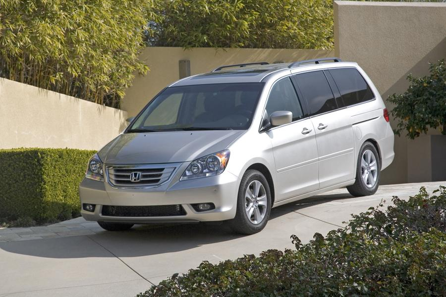 2010 honda odyssey reviews specs and prices. Black Bedroom Furniture Sets. Home Design Ideas
