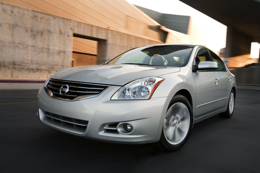 2010 Nissan Altima Reviews Specs And Prices Cars Com