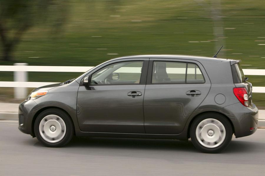 2010 scion xd reviews specs and prices. Black Bedroom Furniture Sets. Home Design Ideas