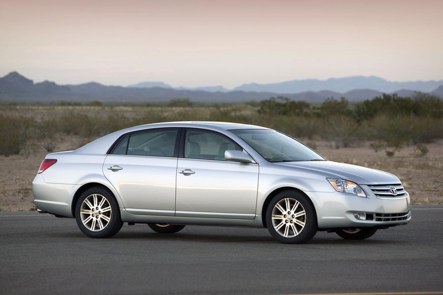 2010 Toyota Avalon Specs Pictures Trims Colors Cars Com