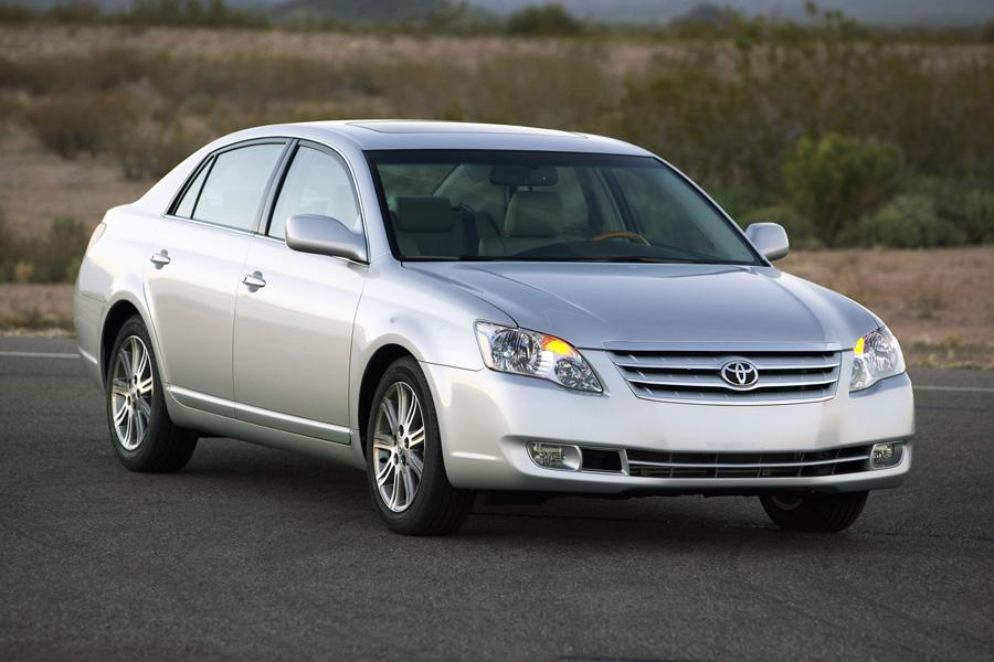2010 toyota avalon reviews specs and prices. Black Bedroom Furniture Sets. Home Design Ideas