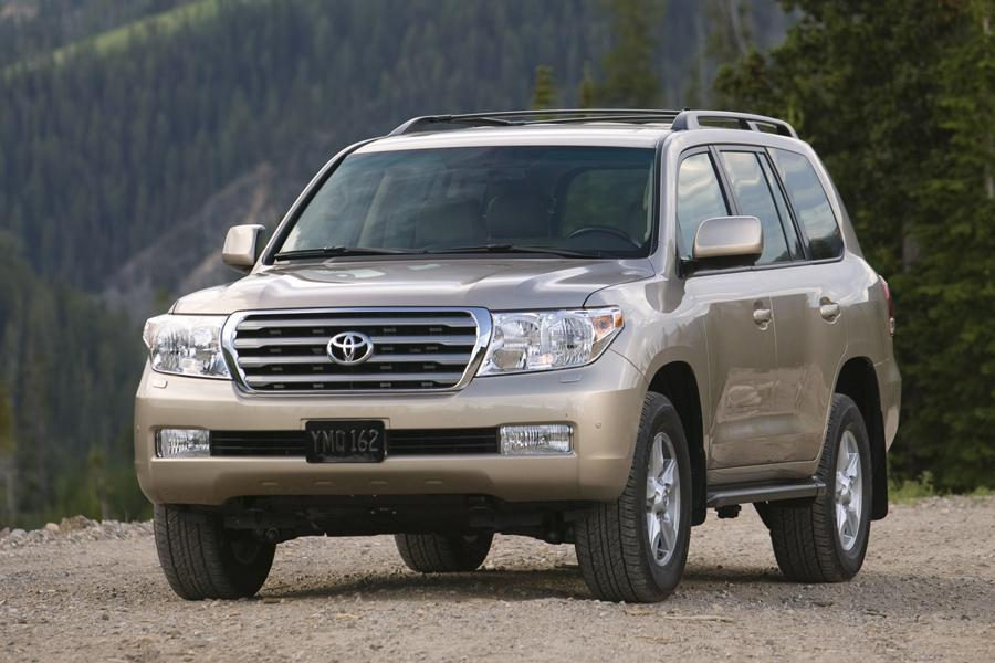 2010 toyota land cruiser reviews specs and prices. Black Bedroom Furniture Sets. Home Design Ideas