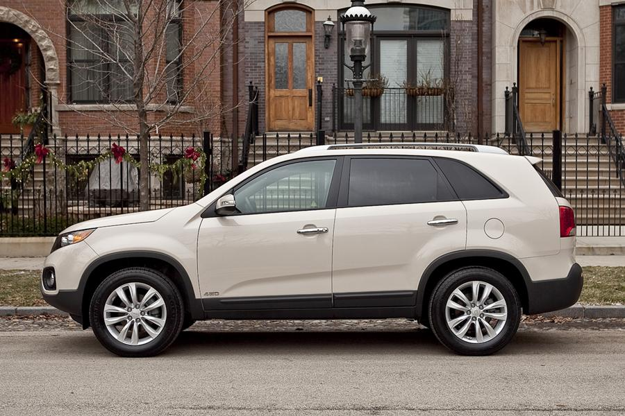 2011 kia sorento reviews specs and prices. Black Bedroom Furniture Sets. Home Design Ideas