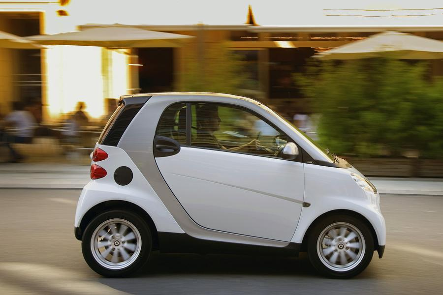 2010 smart fortwo reviews specs and prices. Black Bedroom Furniture Sets. Home Design Ideas