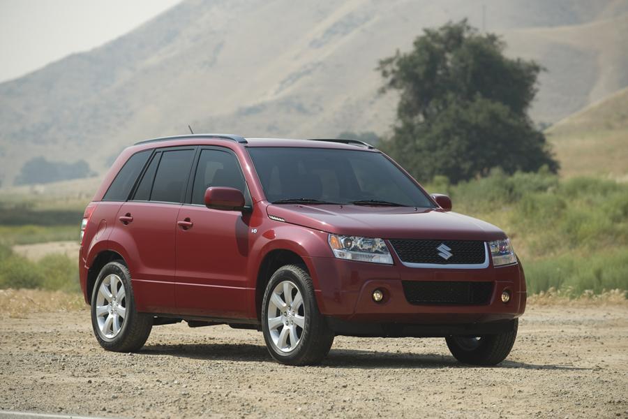2010 Suzuki Grand Vitara Reviews Specs And Prices Cars Com