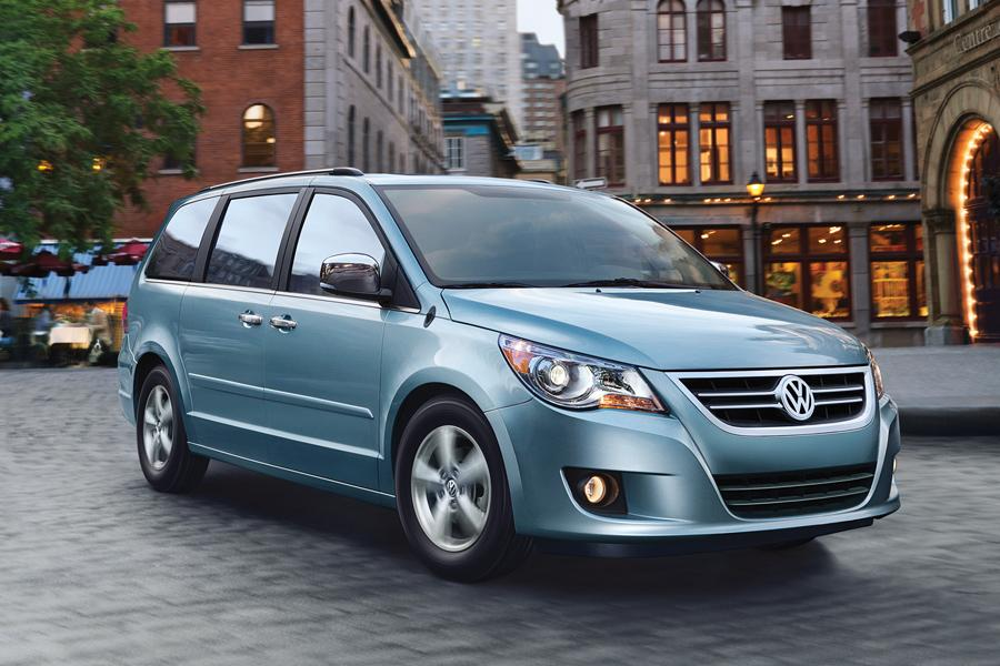 2010 Volkswagen Routan Reviews, Specs and Prices | Cars.com