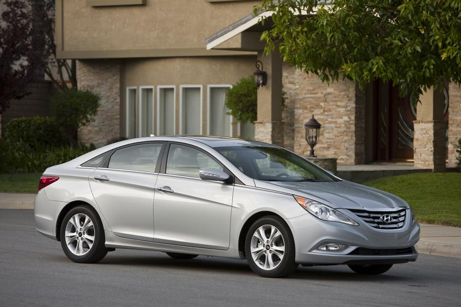 2011 Hyundai Sonata Reviews Specs And Prices Cars Com