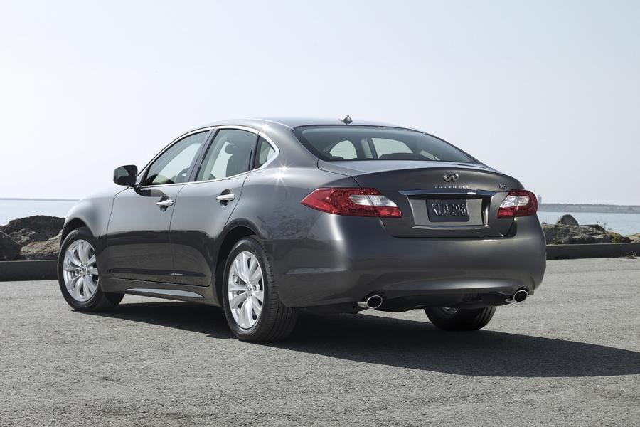 2011 infiniti m56 reviews specs and prices. Black Bedroom Furniture Sets. Home Design Ideas