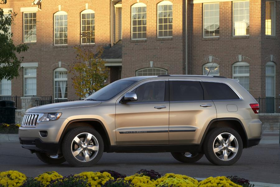 2011 jeep grand cherokee reviews specs and prices. Black Bedroom Furniture Sets. Home Design Ideas