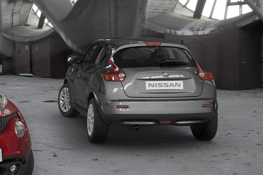 2011 nissan juke reviews specs and prices. Black Bedroom Furniture Sets. Home Design Ideas