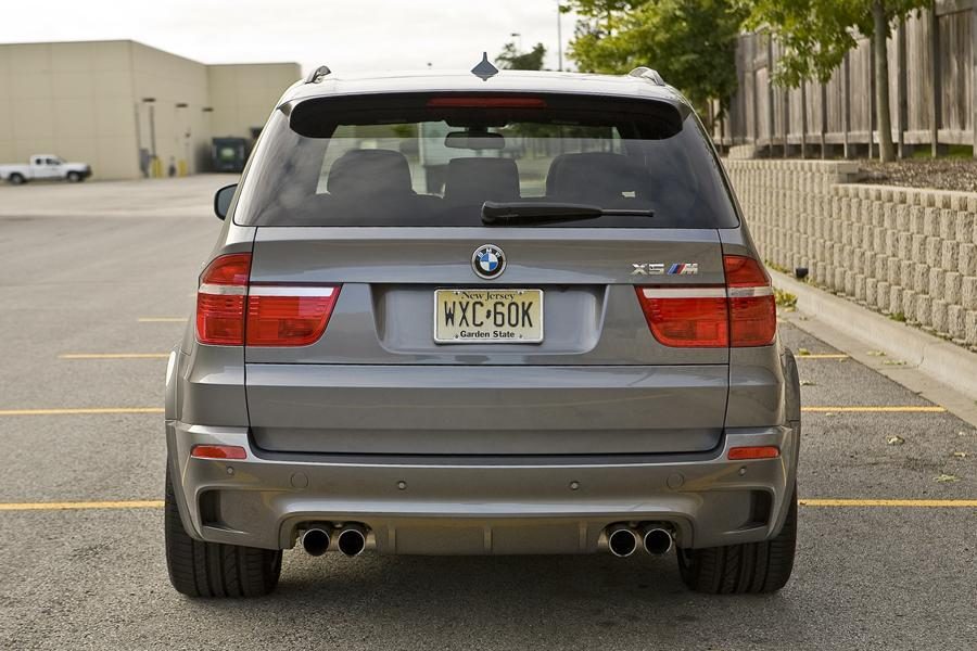 2011 bmw x5 m specs pictures trims colors. Black Bedroom Furniture Sets. Home Design Ideas