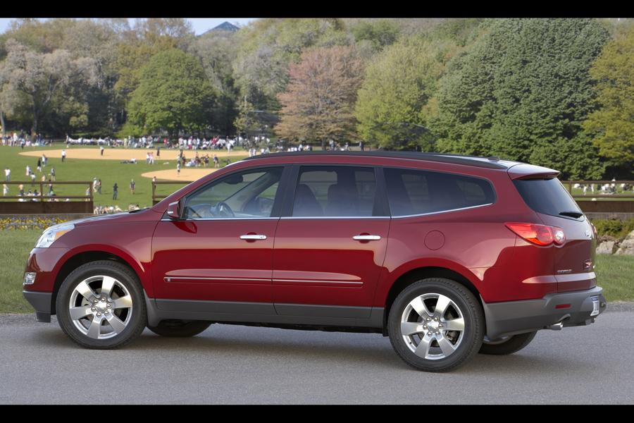 2011 chevrolet traverse reviews specs and prices. Cars Review. Best American Auto & Cars Review