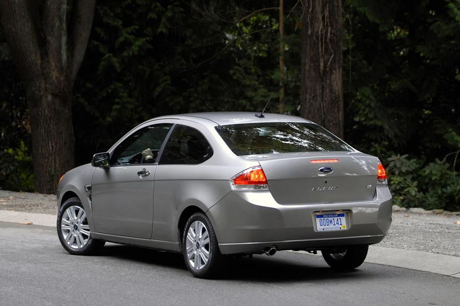 2011 ford focus specs pictures trims colors. Black Bedroom Furniture Sets. Home Design Ideas