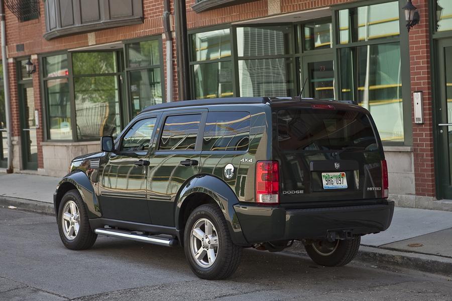 2011 Dodge Nitro Specs Pictures Trims Colors  Carscom