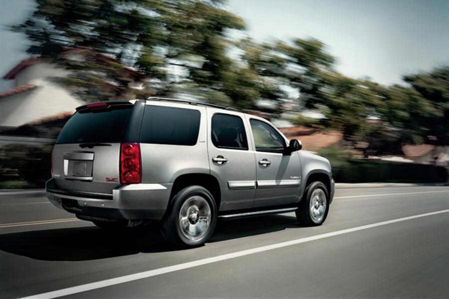 2011 gmc yukon reviews specs and prices. Black Bedroom Furniture Sets. Home Design Ideas