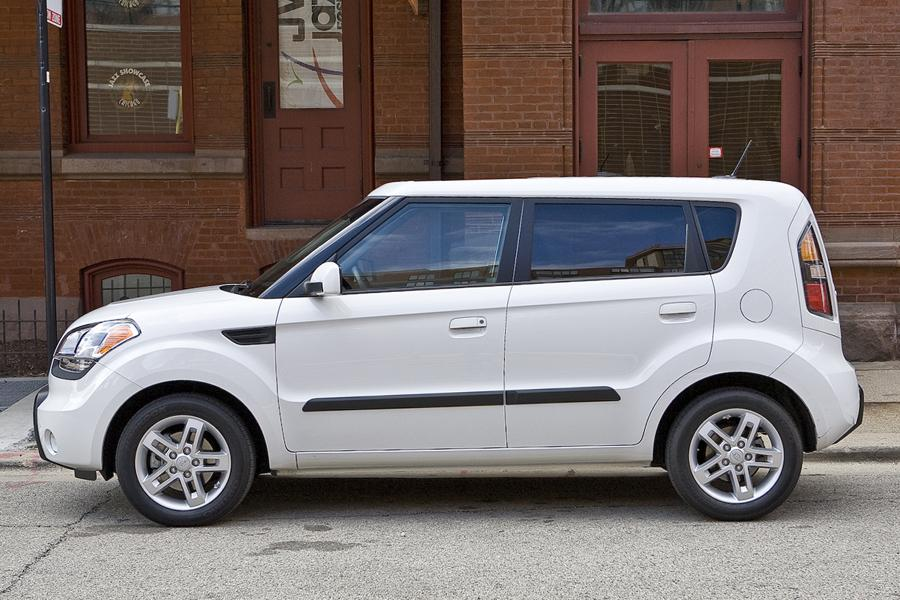 2011 kia soul reviews specs and prices. Black Bedroom Furniture Sets. Home Design Ideas
