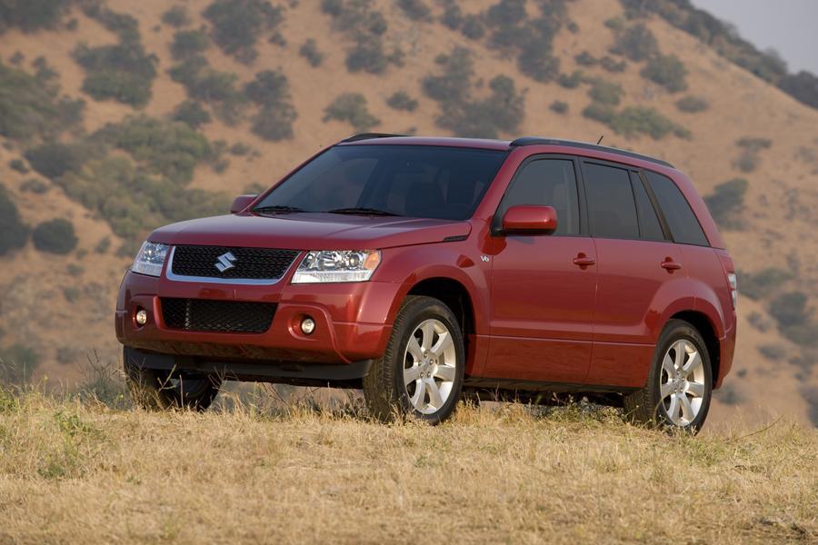 2011 Suzuki Grand Vitara Reviews, Specs and Prices | Cars.com