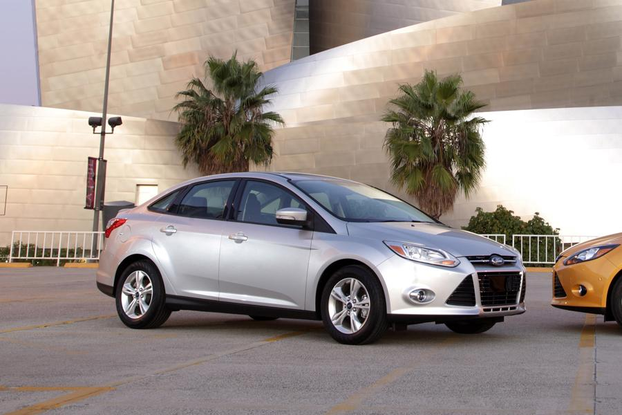 2012 ford focus reviews specs and prices. Black Bedroom Furniture Sets. Home Design Ideas
