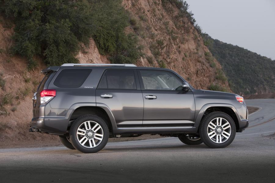 2011 toyota 4runner reviews specs and prices. Black Bedroom Furniture Sets. Home Design Ideas