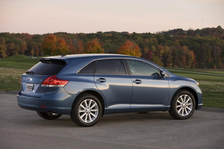 2011 toyota venza reviews specs and prices. Black Bedroom Furniture Sets. Home Design Ideas