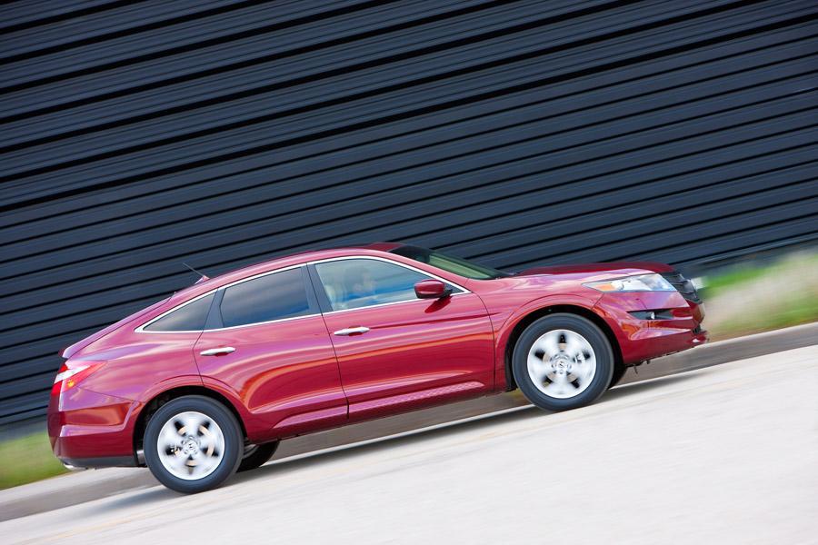 Honda Accord Crosstour Reviews Specs And Prices Cars Com