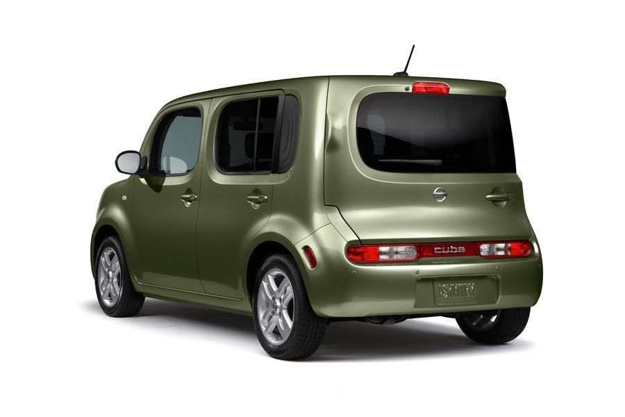 2011 Nissan Cube Specs Pictures Trims Colors Cars Com