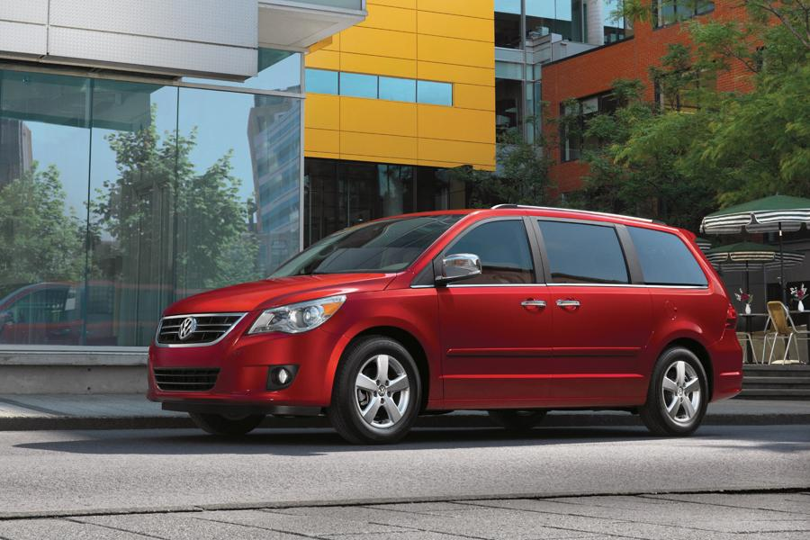 2011 volkswagen routan reviews specs and prices. Black Bedroom Furniture Sets. Home Design Ideas