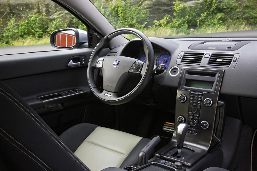 Volvo V50 Wagon Models Price Specs Reviews Cars Com