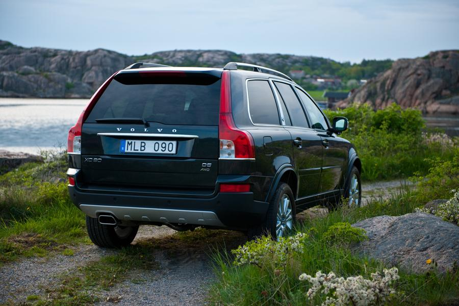 2011 Volvo XC90 Reviews, Specs and Prices | Cars.com
