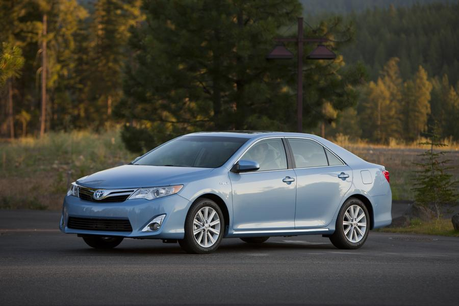2012 toyota camry hybrid reviews specs and prices. Black Bedroom Furniture Sets. Home Design Ideas