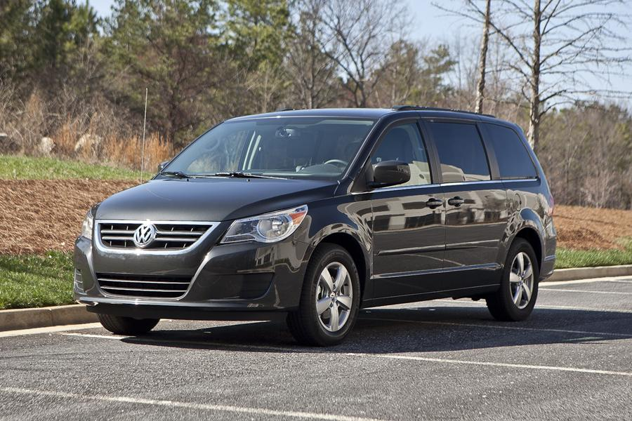 2012 volkswagen routan reviews specs and prices. Black Bedroom Furniture Sets. Home Design Ideas