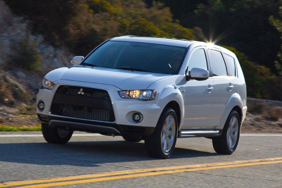 2012 Mitsubishi Outlander Reviews, Specs and Prices | Cars.com