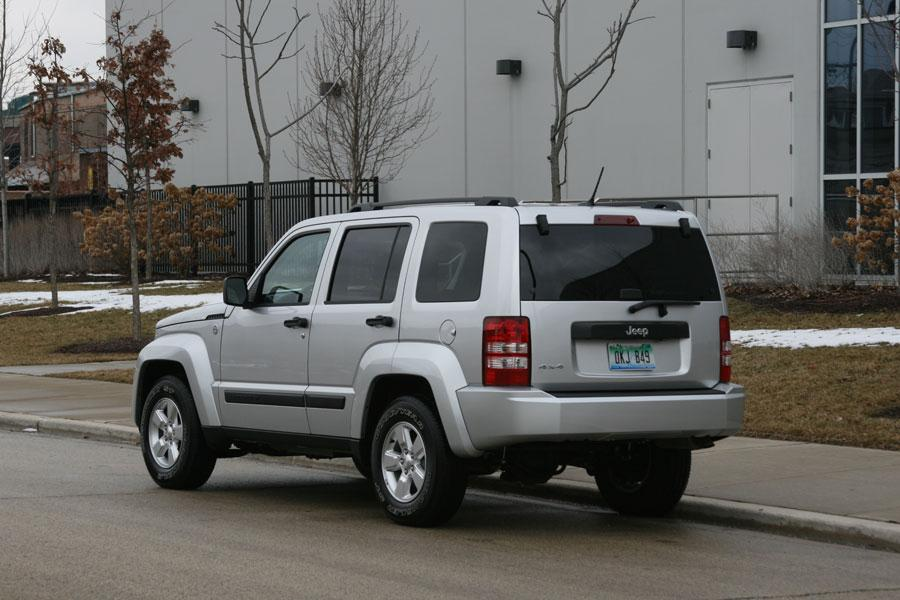 new and used jeep liberty prices photos reviews specs sexy girl and car photos. Black Bedroom Furniture Sets. Home Design Ideas