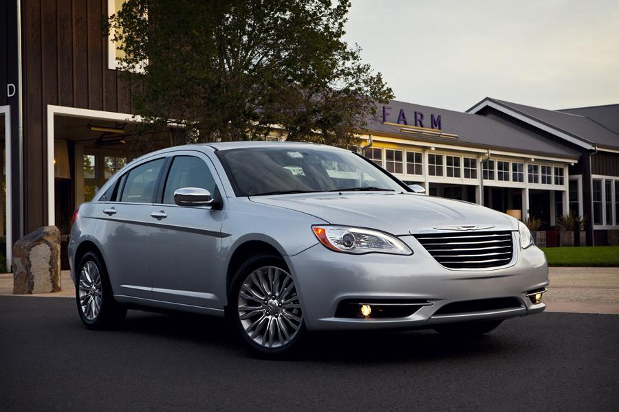 2012 Chrysler 200 Reviews Specs And Prices Cars Com